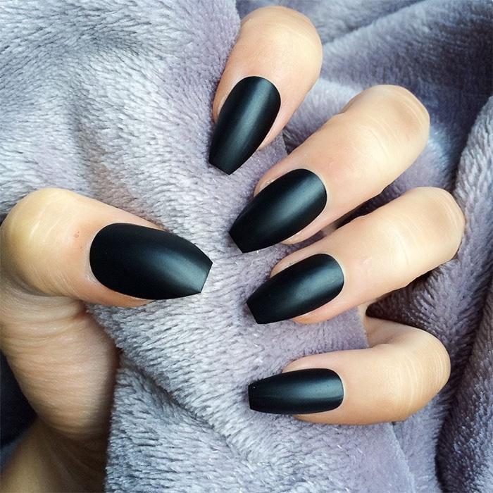 Qué forma de uñas segun tus manos?   Anadeana